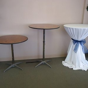 24 Inch Cocktail Table
