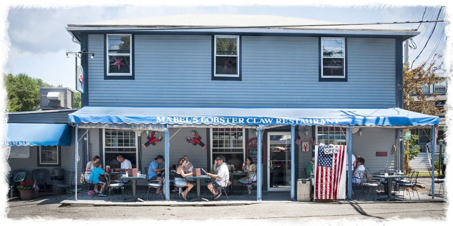 Mabel's Lobster Claw Restaurant Kennebunkport Maine