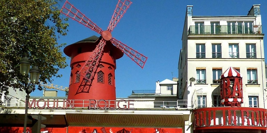 The theatre Moulin Rouge