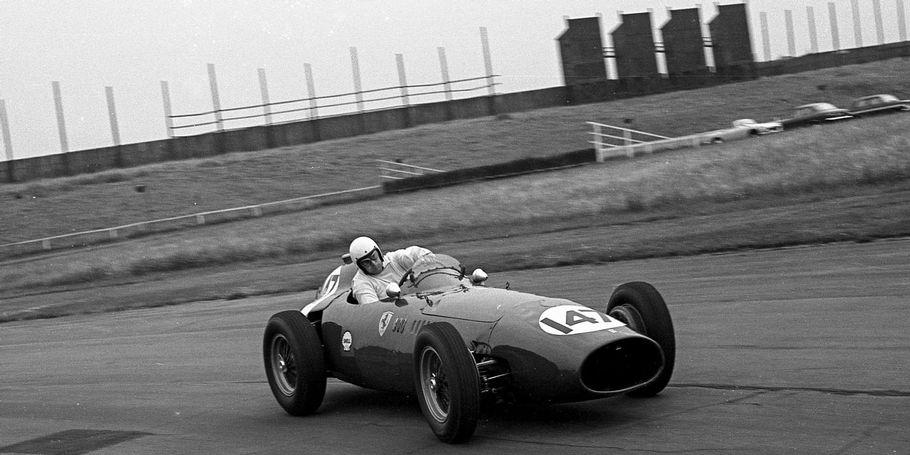 Image Archive : Nigel Moores (Ferrari), Aintree 1969