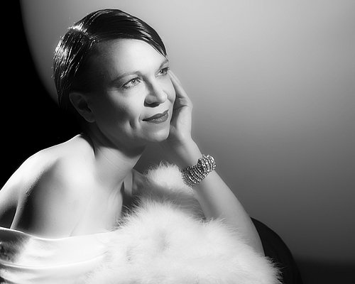 Hollywood glamour photography by Moving Pictures in West Sussex