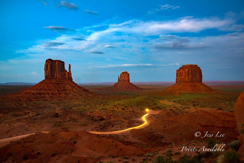 Monument Valley car trails