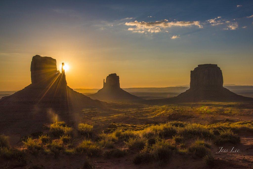 Mitten Sunrise