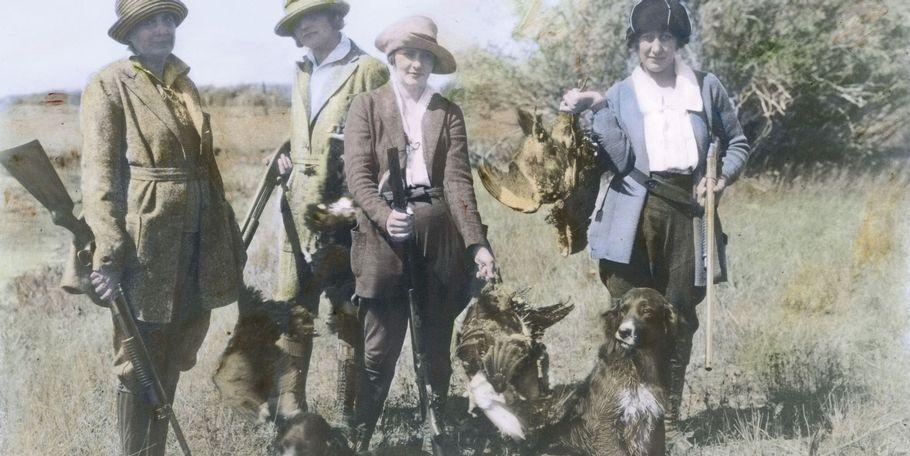 Women Hunters, 1918