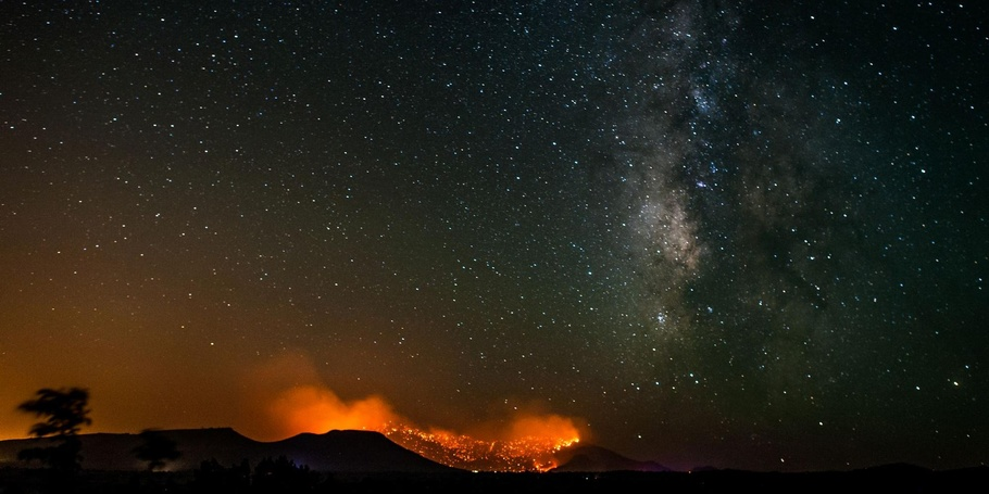 Doce Fire & Milky Way, Prescott AZ