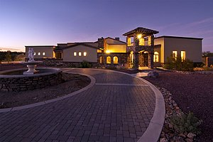 Beautiful custom home in Tucson, Arizona