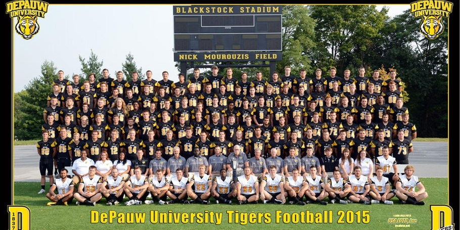 Team Picture - 18x10 with team graphics
